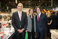 Mr. Alain Berset, Federal Councilor in charge of the Federal Department of Home Affairs (DFI) and Mrs. Anne Emery Torracinta, State Councillor in charge of the Department of Public Instruction, Culture and Sports (DPI), Geneva Book and Press Fair, April 2017.